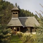 """Biserica de lemn """"Sf Parascheva"""" din Farcasa"""
