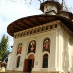 De Buna Vestire, două hramuri la mănăstiri nemțene – la Durău și Horaița