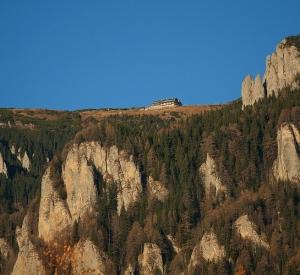 Toamna la poalele muntelui Ceahlău
