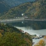 Lacul Izvorul Muntelui – locul potrivit pentru o vacanță de vis