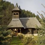 biserica-de-lemn-farcasa-judetul-neamt