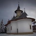 manastiri-neamt-in-timpul-iernii
