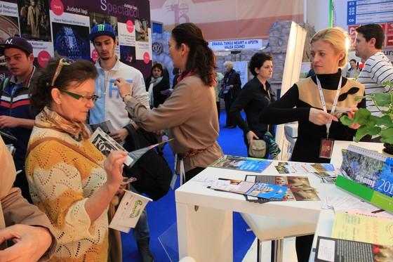 05-targ-turism-romania-martie-2014-participare-neamt
