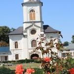 Romania Turism - Catedrala Episcopala Roman