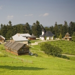Invitație la Schitul Horăicioara – colț de rai în Neamț