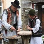 Obiceiuri, traditii si mestesuguri populare in Tinutul Neamtului