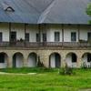 manastirea-neamt-schitul-carbuna