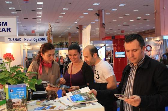 08-targ-turism-romania-martie-2014-participare-neamt