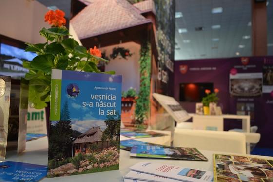 11-targ-turism-romania-martie-2014-participare-neamt