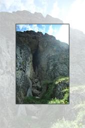 Trasee Cheile Bicazului: Pestera Tunel