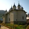 Manastiri din Parcul Natural Vanatori